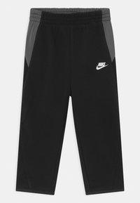 Nike Sportswear - MIXED MATERIAL SET - Tracksuit - black - 2