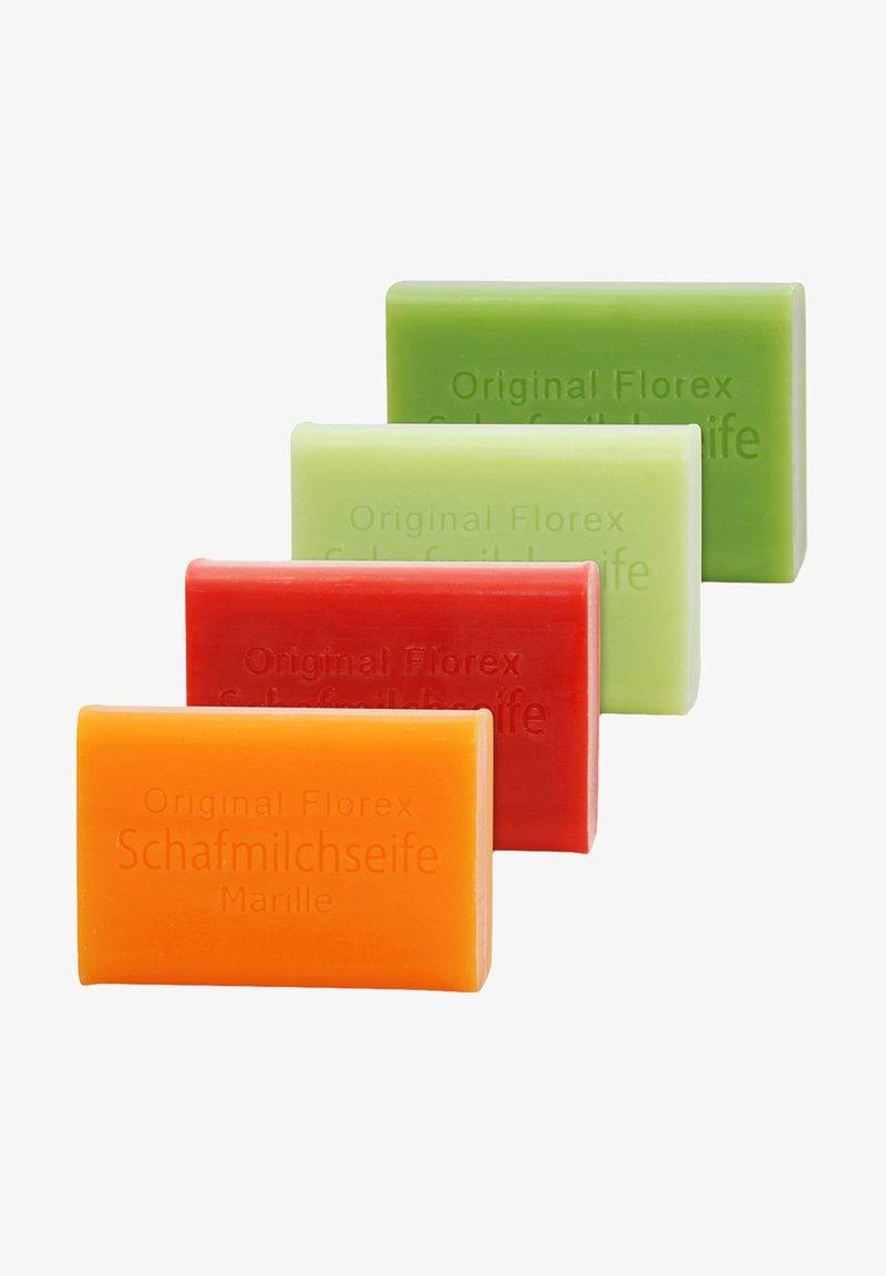 Florex - MARILLE-GRANATAPFEL-APFEL-GRÜNER TEE + LUFFA ABLAGE  - Soap bar - -