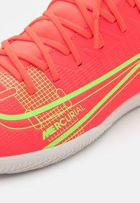 Nike Performance - MERCURIAL 8 CLUB IC - Indoor football boots - bright crimson/metallic silver - 5
