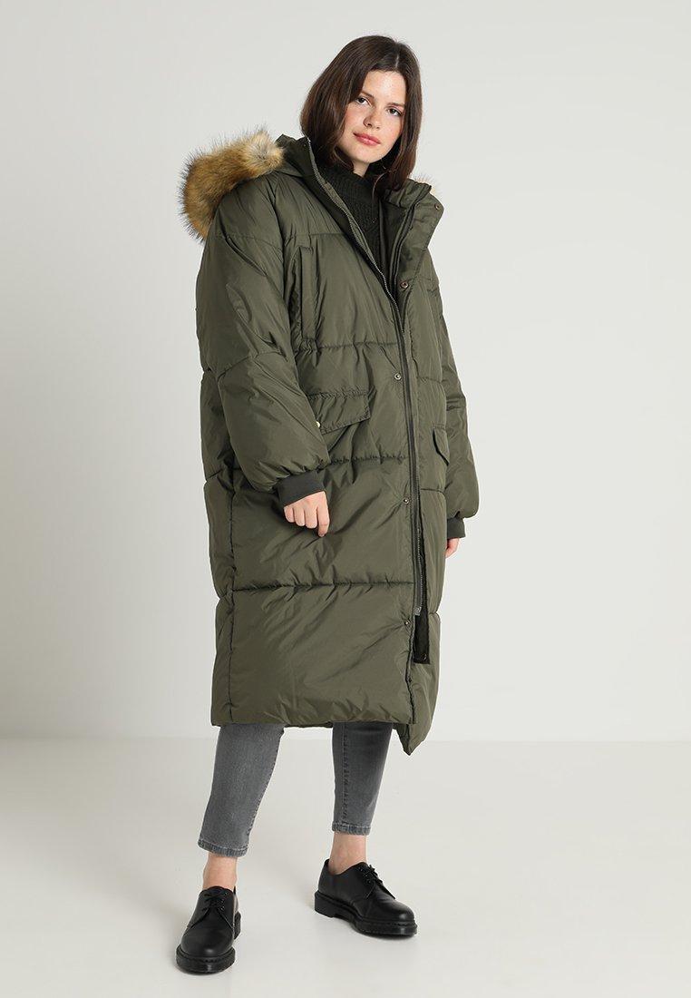 Urban Classics Curvy - LADIES OVERSIZE PUFFER COAT - Winter coat - darkolive/beige