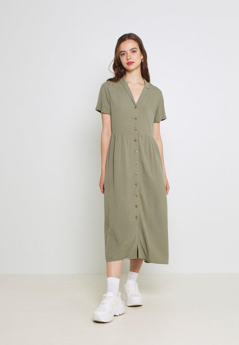 Envii - ENNAPLES DRESS - Maxi-jurk - deep lichen green