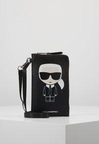 KARL LAGERFELD - Phone case - black - 1