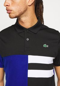 Lacoste Sport - TENNIS - Camiseta de deporte - black/cosmic/white - 5