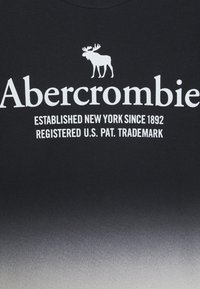 Abercrombie & Fitch - TEE ELEVATED - T-shirts print - black - 2