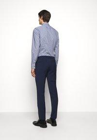 HUGO - HESTEN - Pantaloni eleganti - open blue - 2