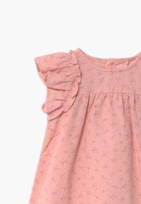 Name it - NBFOANNA SPENCER BABY - Shirt dress - peachskin - 2
