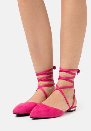 RUBIE - Ankle strap ballet pumps - pink