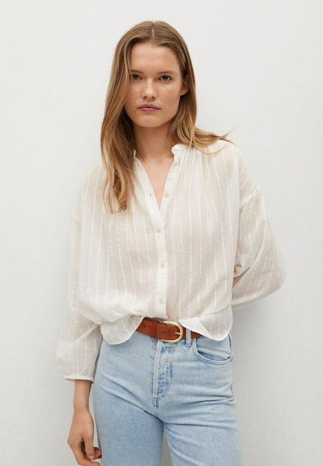 Overhemdblouse - gebroken wit