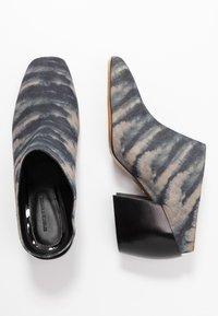 By Malene Birger - LYLA - Pantofle na podpatku - dark grey - 3