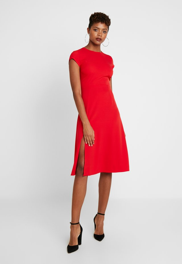 CAPPED SLEEVE MIDI DRESS - Day dress - red
