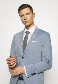 Cinque - CIPULETTI SUIT - Suit - light blue - 9