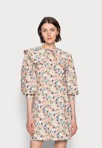 Love Copenhagen - ELLIE DRESS - Day dress - coral - 0