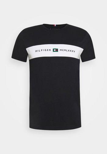 NEW LOGO TEE - T-shirt imprimé - desert sky