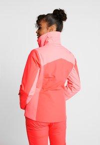 Halti - SAARUA JACKET - Lyžařská bunda - neon fiery coral - 3