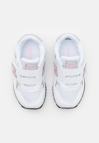 New Balance - IV393CWP - Sneakers - white/pink - 3