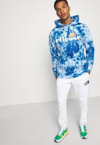 Ellesse - GOTTERO TIE DYE HOODY - Sweatshirt - blue - 3