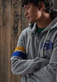 Superdry - Zip-up hoodie - collective dark grey grit - 1