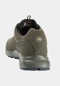 Mammut - ULTIMATE PRO LOW GTX MEN - Hikingschuh - dark olive - 2