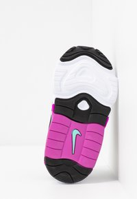 Nike Sportswear - AIR MAX 200 - Sneakers laag - black/metallic silver/thunder grey/aurora green-hyper violet/barely volt - 5