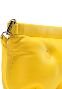 myMo - QUILTED BAG - Sac bandoulière - yellow - 4