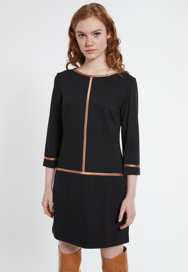 BECCA - Day dress - schwarz