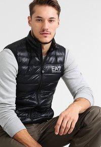 EA7 Emporio Armani - Waistcoat - black - 0