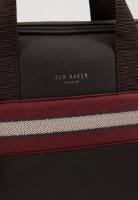 Ted Baker - SANDAR - Taška na laptop - dark brown - 6