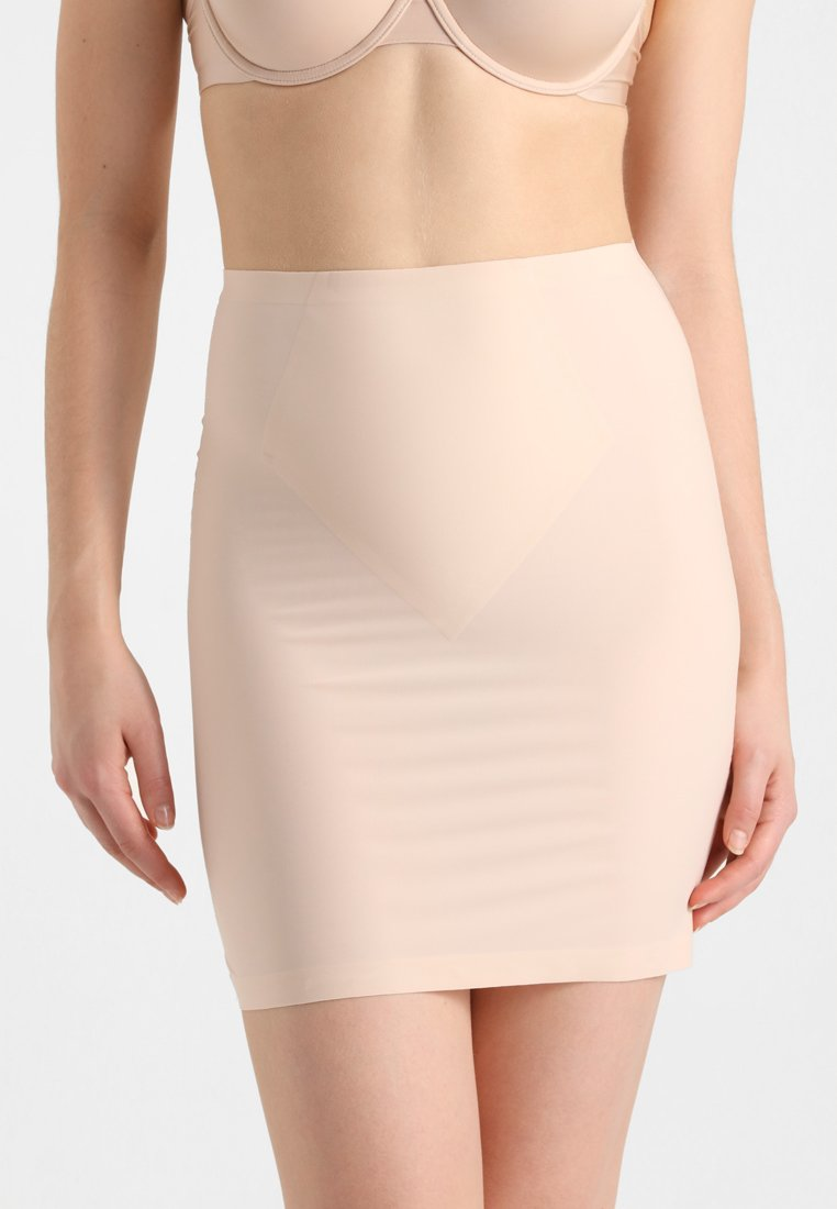 MAGIC Bodyfashion - MAXI SEXY CONTROL SKIRT - Shapewear - latte
