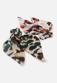 Pieces - PCVAPPY BOW SCRUNCHIE 2 PACK - Hair styling accessory - warm sand - 0