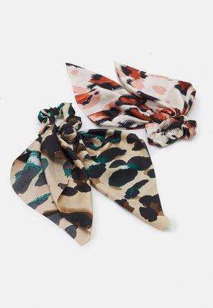 PCVAPPY BOW SCRUNCHIE 2 PACK - Accessoires cheveux - warm sand