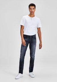Jack & Jones - GLENN  - Slim fit jeans - blue denim - 1