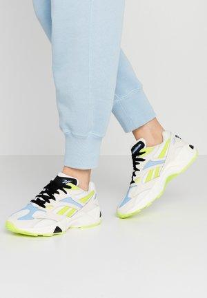 AZTREK 96 - Sneakers laag - stucco/fluo blue/sesoye