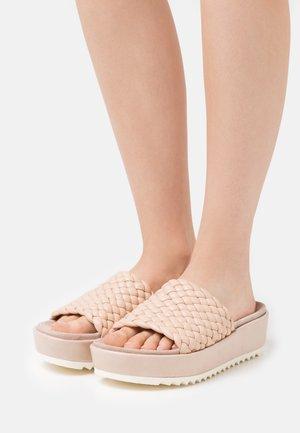 MENORCA - Pantofle - beige