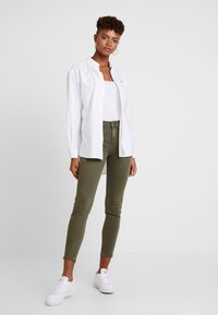 Tommy Jeans - CLASSICS - Button-down blouse - white - 1