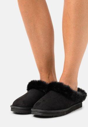VEGAN FROZEN - Pantoffels - black