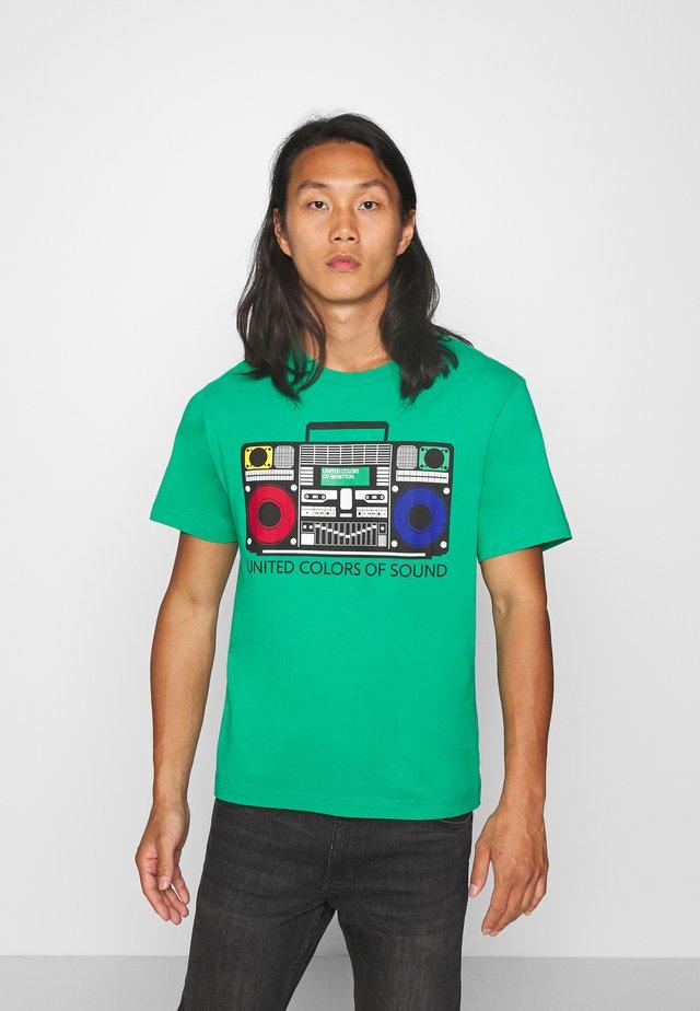 Camiseta estampada - green benetton