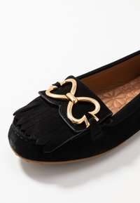 kate spade new york - DAISY - Moccasins - black - 2