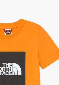 The North Face - BOX TEE UNISEX - Triko spotiskem - flame orange - 3