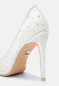 Buffalo - KLEO - Classic heels - ivory - 7