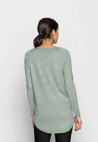 ONLY - ONLMILA LACY LONG - Jumper - chinois green melange - 2