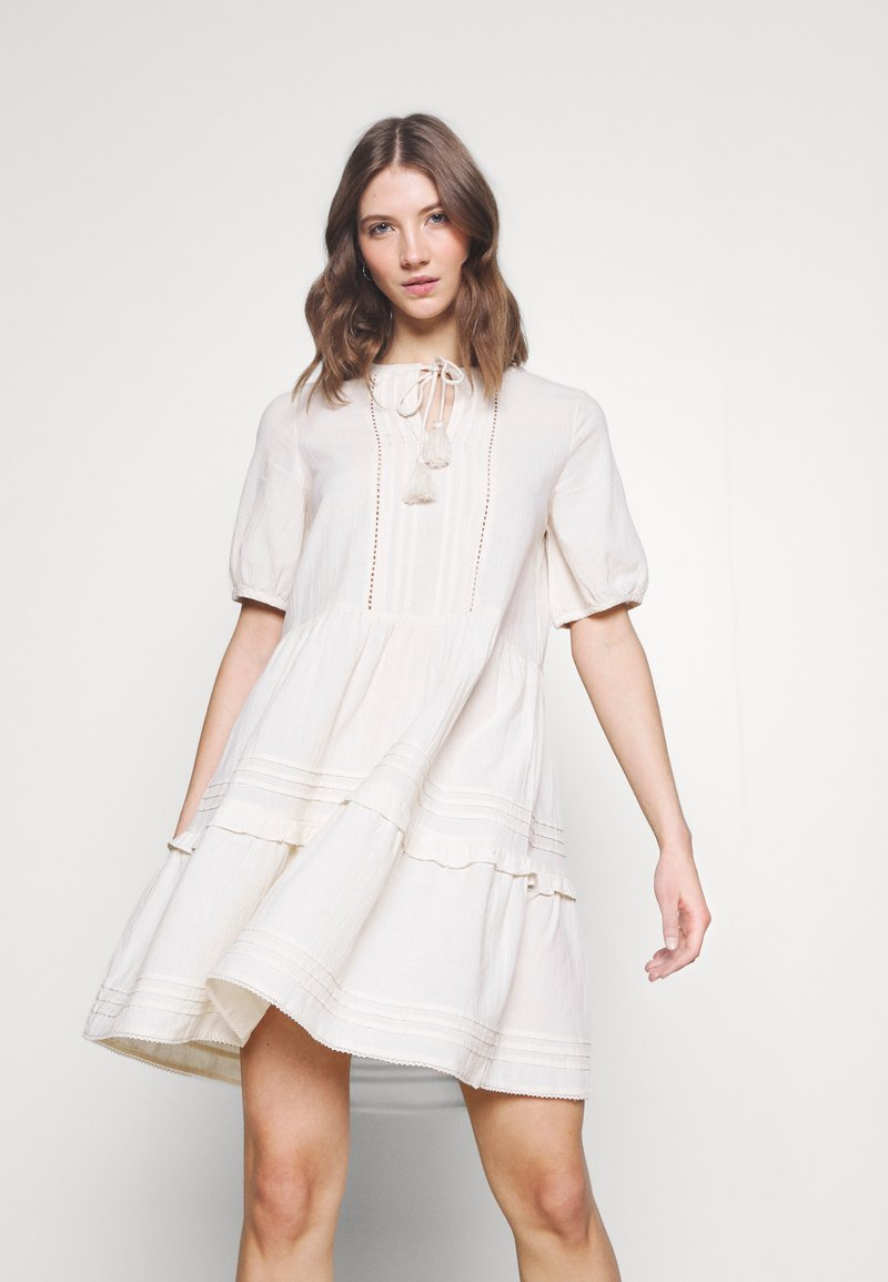Vero Moda - VMIBIA SHORT DRESS - Day dress - birch