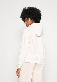 Opus - GADIRA  - Sweatshirt - soft cream - 2