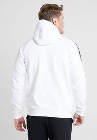 Kappa - FINNUS - Jersey con capucha - bright white - 2