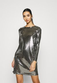 Vero Moda - VMCHARLI SHORT SEQUINS DRESS - Cocktail dress / Party dress - black/silver - 0