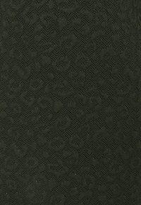 Liu Jo Jeans - ABITO - Jerseykjole - laurel green met - 2