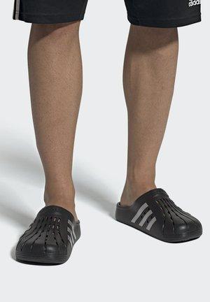 ADILETTE CLOG SWIM SPORTS SLIDES - Sandały kąpielowe - black