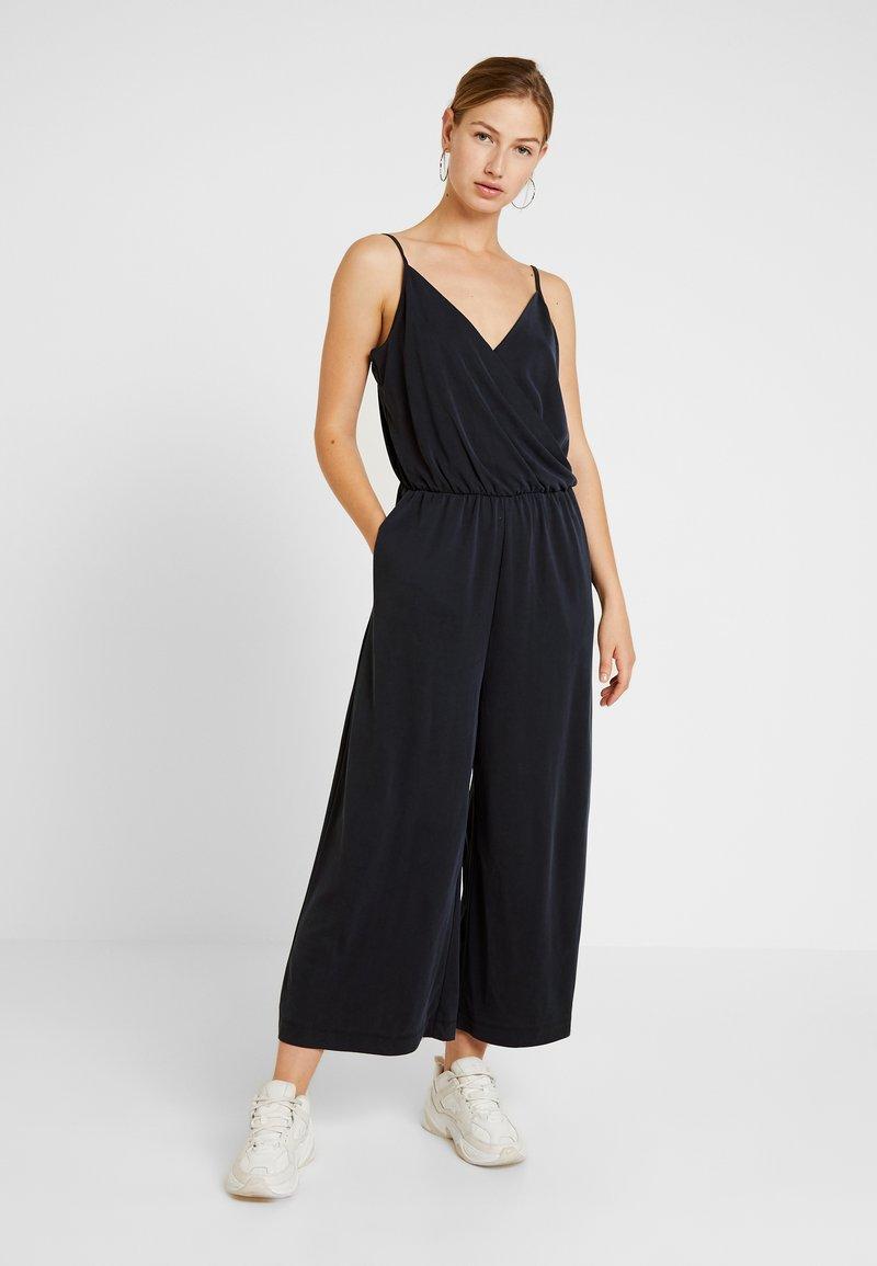 Monki - LINA - Jumpsuit - black