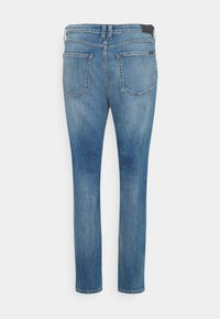 Marc O'Polo DENIM - FREJA BOYFRIEND - Relaxed fit jeans - mid blue marble - 6