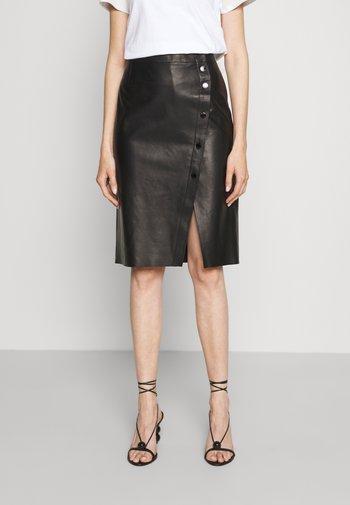 LUXURY SKIRT - Leather skirt - black
