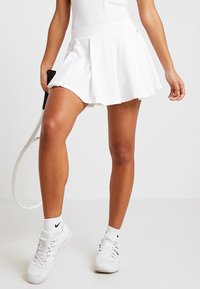 K-SWISS - HYPERCOURT SKIRT - Sportovní sukně - white - 0